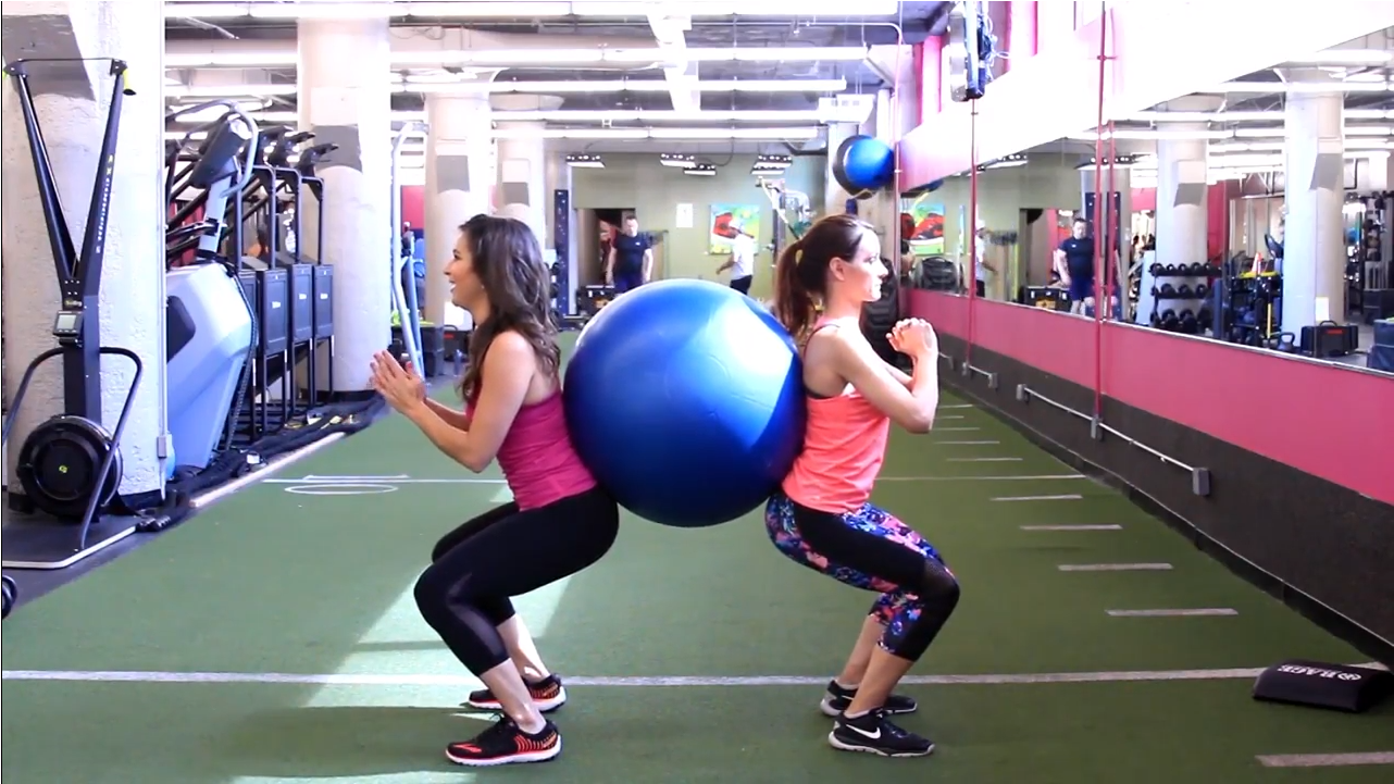 Ball Squats Partner Workout with Chicago's Jenny Milkowksi | Step It